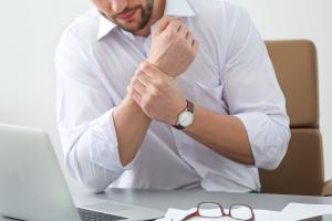 Ból nadgarstów